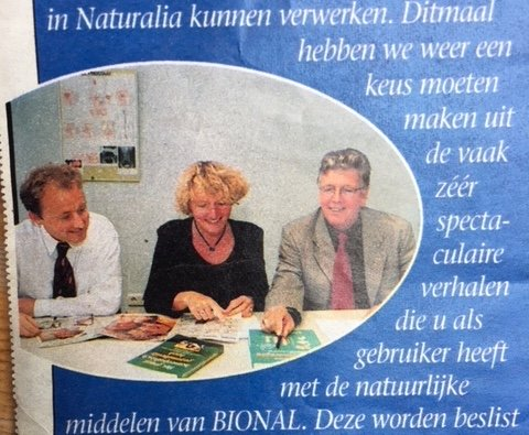 Redactie Naturalia met rechts Clemens van den Brink